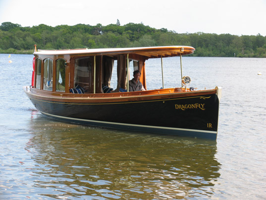 Dragonfly, exclusive boat hire in Maidenhead